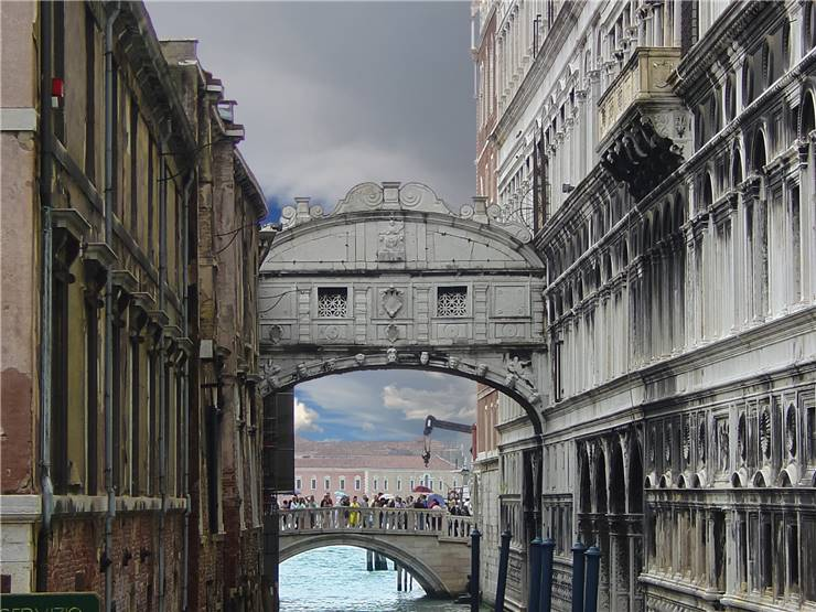 bridge of sighs venice italy. Black Bedroom Furniture Sets. Home Design Ideas