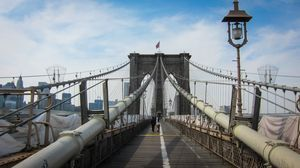Brooklyn Bridge - Type of Suspension Bridge